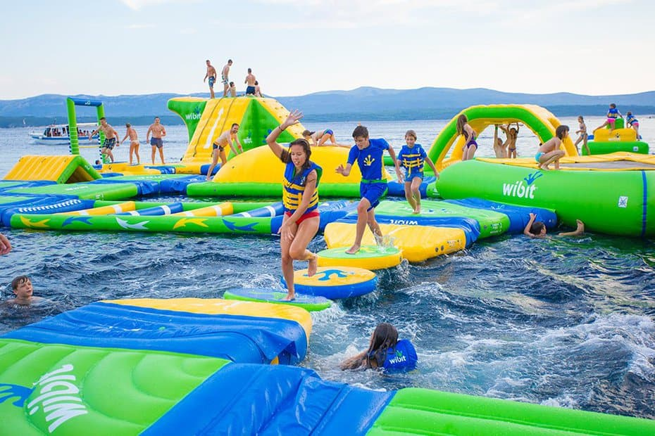 The Sylvan Lake Aqua Splash Park Is Now Open Explorealberta