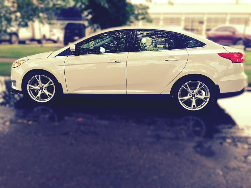 Driving a Ford Focus Titanium for a week in Edmonton