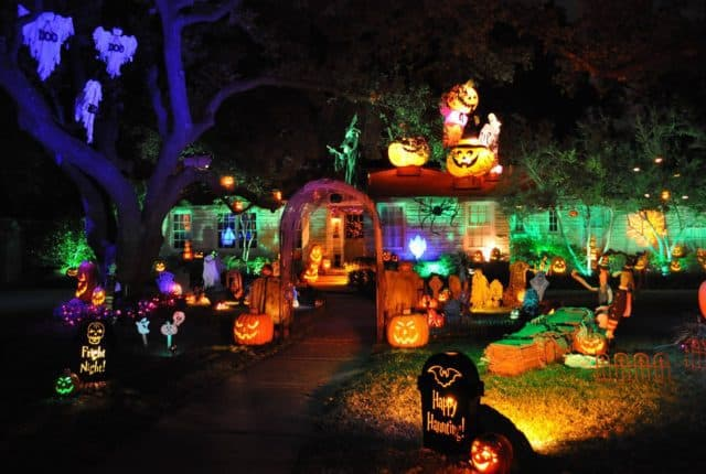Haunted Houses & Halloween Decked Out Homes