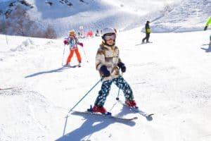 SnowPass – Grades 4 & 5 Can Ski For $29.95 At 3 Edmonton Ski Hills